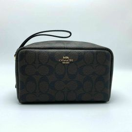 COACH F77997 Women's Boxy Cosmetic Makeup Holder Bag Case in Crossgrain Leather